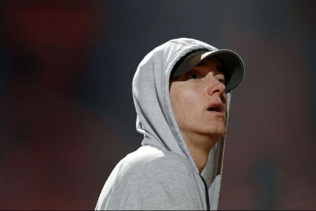 Eminem présente ses excuses à sa mère.