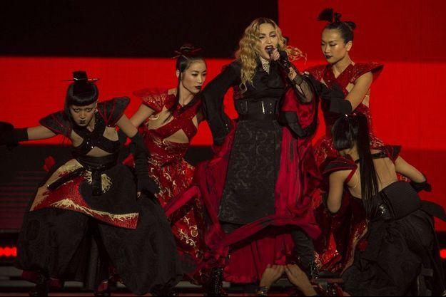 Madonna en concert à Mexico, le 6 janvier 2016.