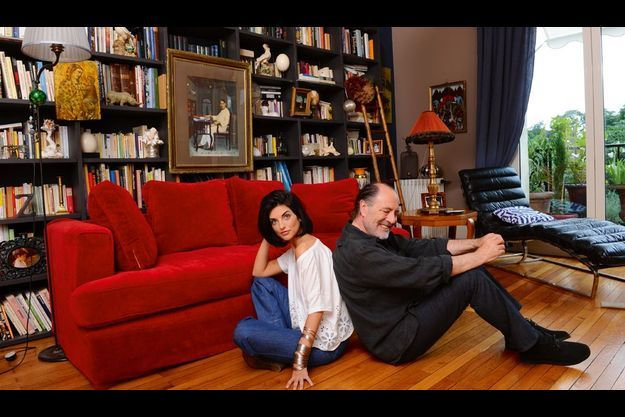 Avec Pauline, qui a pris le nom de famille de son beau-père. La romancière est très proche de Michel, qui l'a élevée. Elle écrit aujourd'hui son quatrième livre et sera, en décembre, à l'affiche du film « Les papillons noirs ».