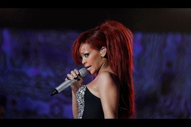 Rihanna «aime vivre dangereusement» selon un de ses proches.