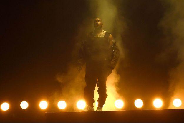 Kanye West sur la scène des Billboard Awards
