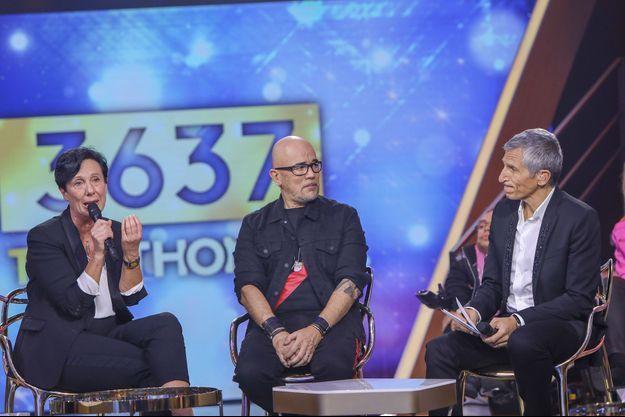 Laurence Tiennot-Herment, Pascal Obispo et Nagui samedi lors du Téléthon.