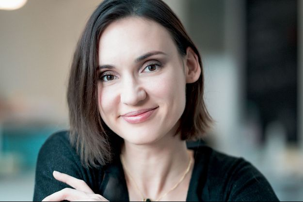 Nathalie Odzierejko pose pour Paris Match et parle de son aventure YouTube avec sa chaîne Natoo.