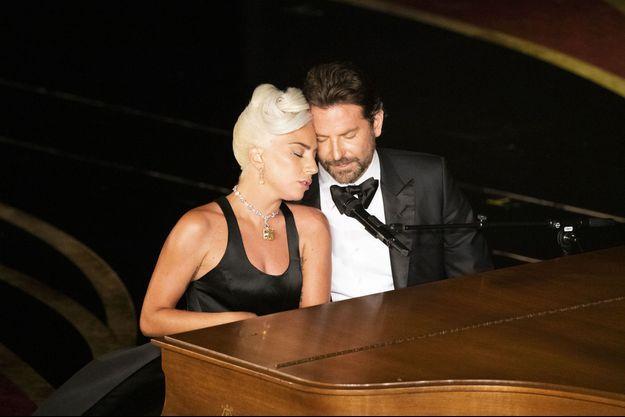 """Bradley Cooper et Lady Gaga à la première de """"A Star Is Born"""" à Londres, le 27 septembre 2018"""
