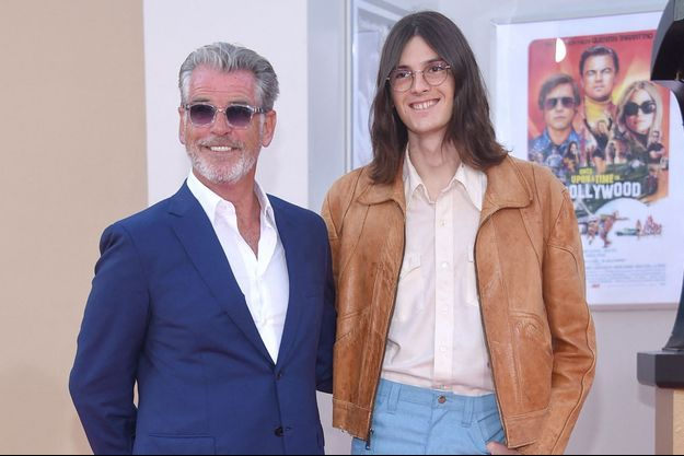 Dylan et Pierce Brosnan à Los Angeles en juillet 2019.
