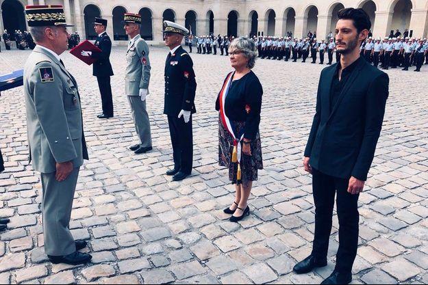 Pierre Niney, honoré par les Pompiers de Paris le 18 septembre 2018