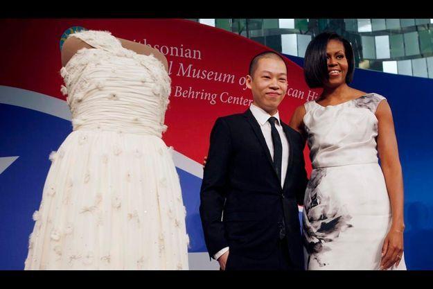 Michelle Obama et Jason Wu, qui lui avait dessiné sa robe pour la soirée d'investiture en janvier 2009.
