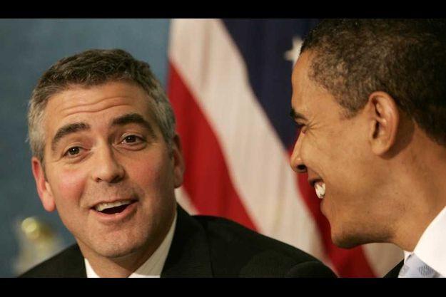 George Clooney et Barack Obama en 2006, lors d'une conférence sur le Darfour.