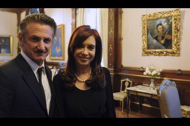 Sean Penn était en visite en Argentine en début de semaine. L'occasion pour lui de rencontrer la présidente du pays, Cristina Kirchner.