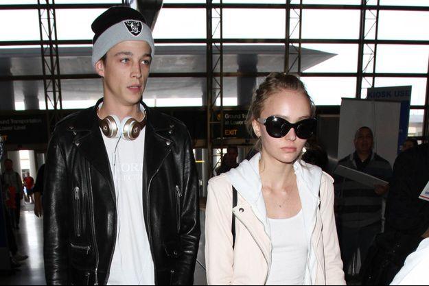 Lily-Rose Depp et Ash Stymest à LA en mars 2016.
