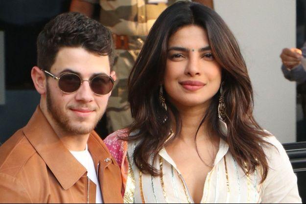 Priyanka Chopra et Nick Jonas lorsqu'ils ont quitté Bombay pour rejoindre leur lieu de mariage à Jodhpur, le 29 novembre.