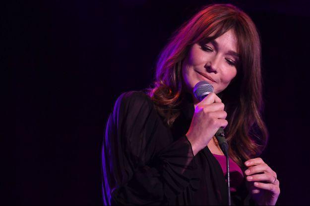 Carla Bruni sur scène à New York, le 13 juin.
