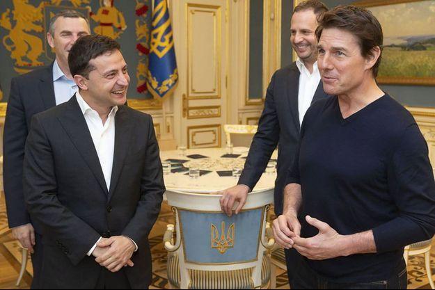 Le président ukrainien Volodymyr Zelensky et Tom Cruise à Kiev, le 30 septembre.