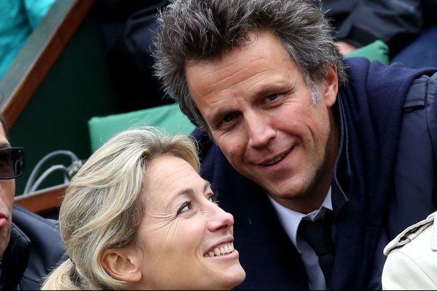 Anne-Sophie Lapix et son mari Arthur Sadoun à Roland-Garros, en 2016.