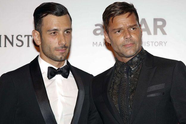 Jwan Yosef et Ricky Martin au gala de l'AmfAR, le 15 avril 2016.