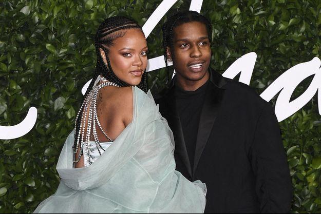 Rihanna et ASAP Rocky aux Fashion Awards à Londres en décembre 2019