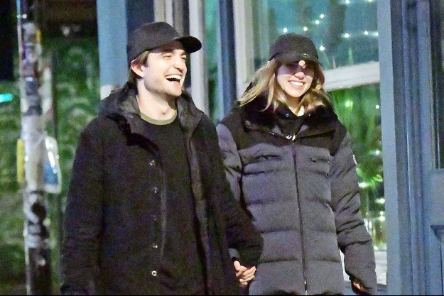Robert Pattinson et Suki Waterhouse à Londres en décembre 2019