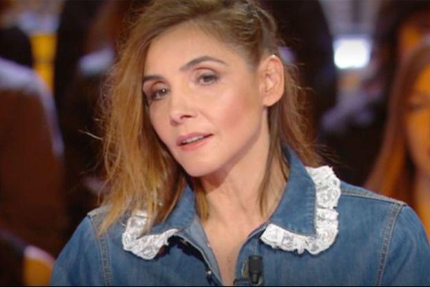 """Clotilde Courau sur le plateau de """"Salut les terriens"""" samedi."""