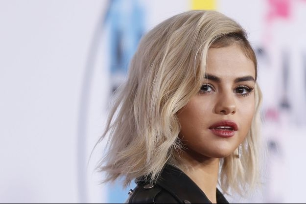Selena Gomez aux American Music Awards en 2017 à Los Angeles