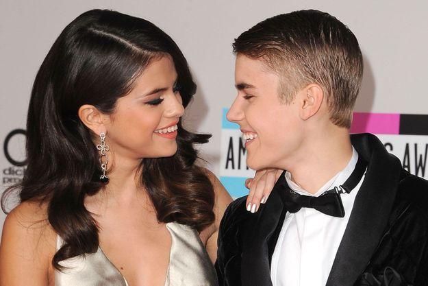 Selena Gomez et Justin Bieber aux American Music Awards le 20 novembre 2011