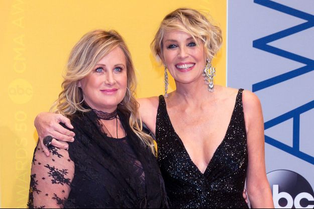 Sharon Stone avec sa soeur Kelly