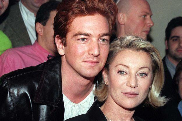 Sheila et son fils, Ludovic en 1998.