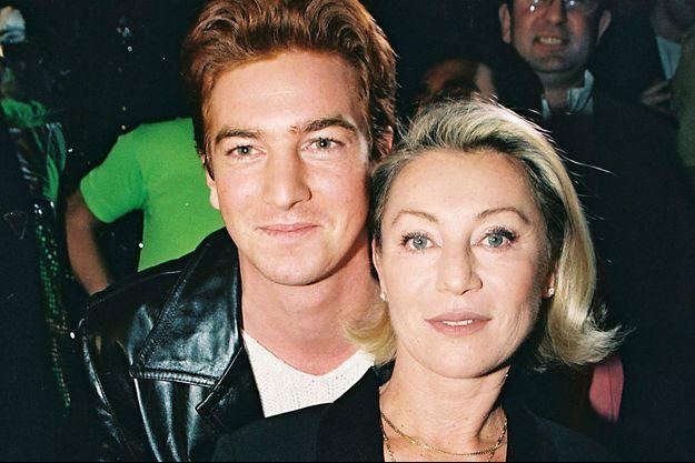 Sheila et son fils Ludovic, en 1998.