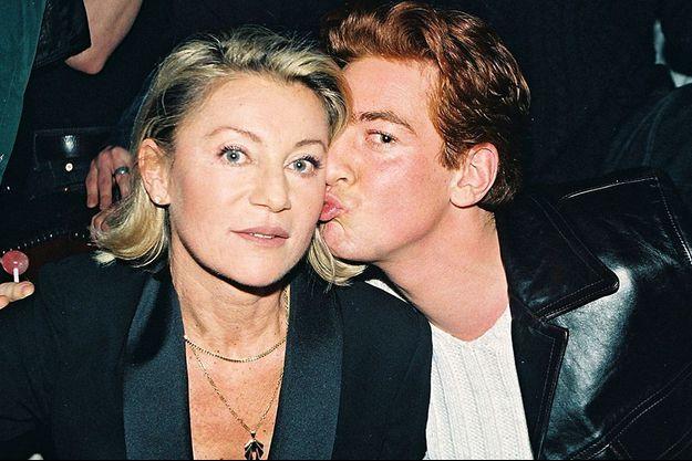 Sheila et son fils, Ludovic Chancel en 1998.