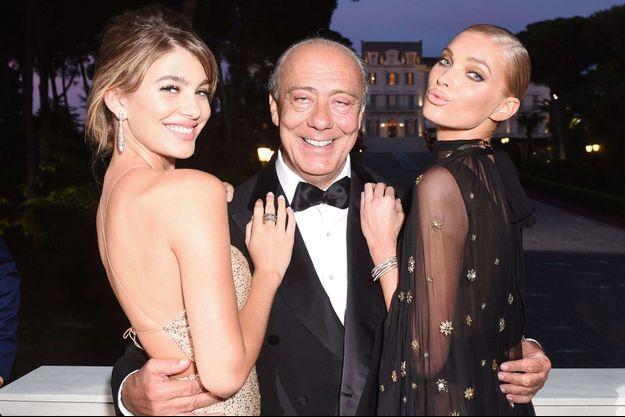 Fawaz Gruosi entre Elsa Hosk et Camila Morrone