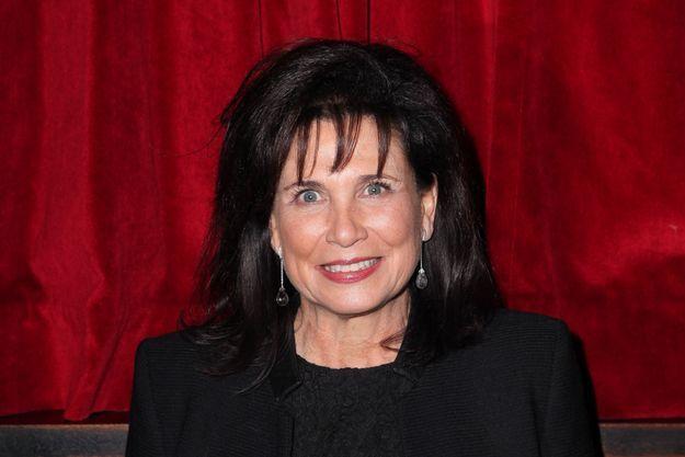 Anne Sinclair au dernier One Man Show de Guy Bedos à l'Olympia à Paris, le 23 décembre 2013.