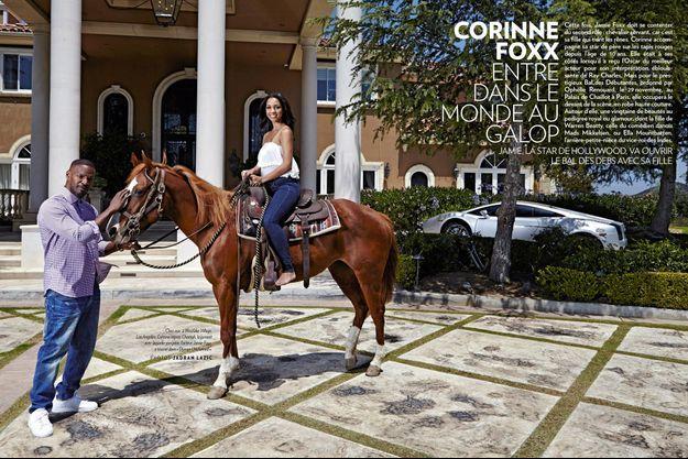 Chez eux, à Westlake Village, Los Angeles. Corinne monte Cheetah, la jument avec laquelle son père, l'acteur Jamie Foxx, a tourné dans « Django Unchained ».