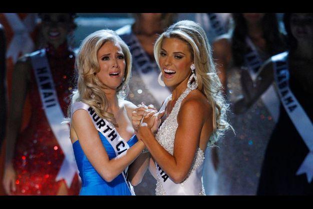 Miss Californie, à droite, s'est prononcée contre le mariage gay.