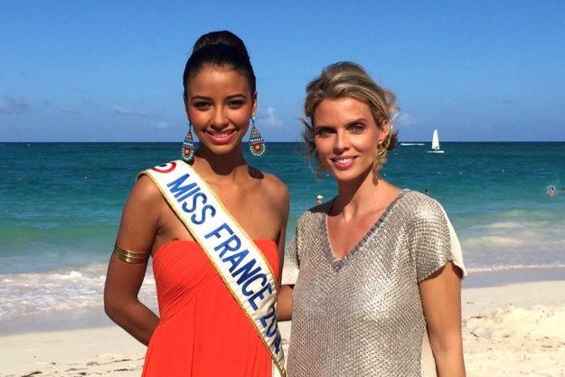 Flora Coquerel et Sylvie Tellier sur le plage du Bavaro Princess Hotel à Punta Cana.