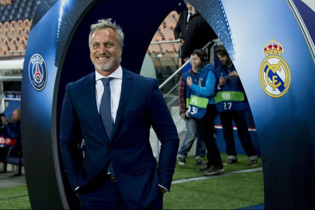 David Ginola au Parc des Princes le 21 octobre 2015 avant le match PSG-Real Madrid