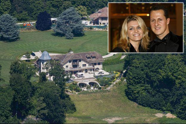 La maison que le couple a fait construire à Gland en Suisse: quatre étages, huit chambres, un cinéma, une piscine. En médaillon, Michael et Corinna en 2006.