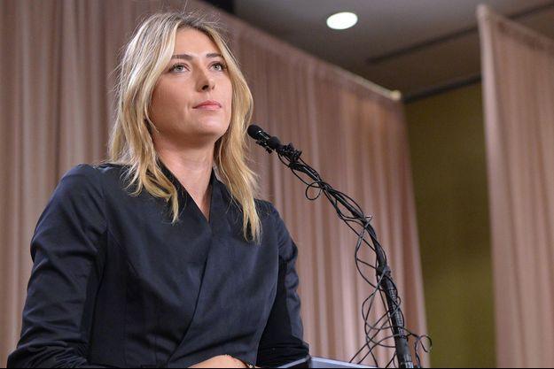 Le 7 mars 2015 à Los Angeles. Maria Sharapova annonce son contrôle positif