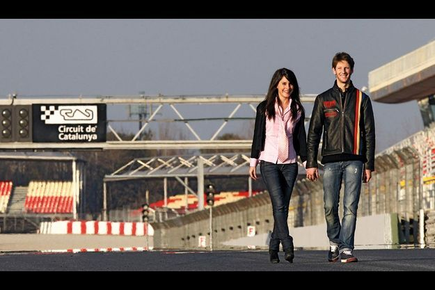 Marion Jollès et Romain Grosjean, photographiés par Match sur le circuit de Catalogne, fin février.