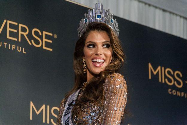 Iris Mittenaere est devenue le 30 janvier 2017 la nouvelle Miss Univers.