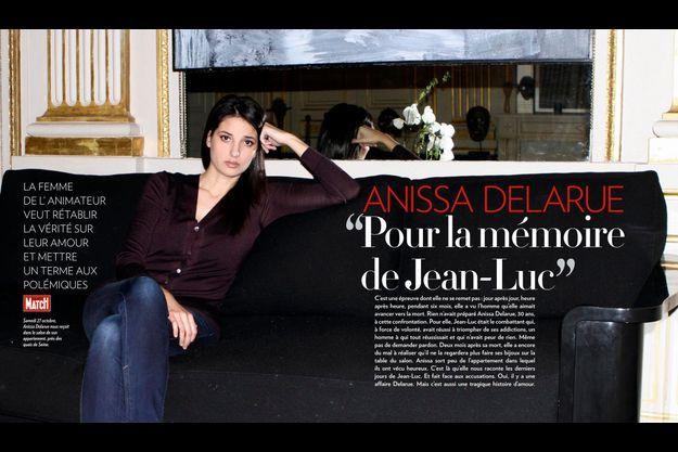 Samedi 27 octobre, Anissa Delarue nous reçoit dans le salon de son appartement, près des quais de Seine.