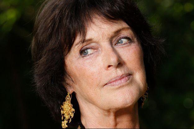 """Anny Duperey joue dans la série """"Une famille formidable"""" sur TF1 depuis 1992."""