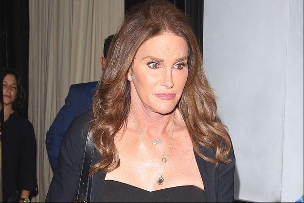 """Même si Caitlyn Jenner roulait en dessous de la vitesse maximale autorisée, les enquêteurs estiment qu'elle """"roulait trop vite étant donné l'état de la route""""."""