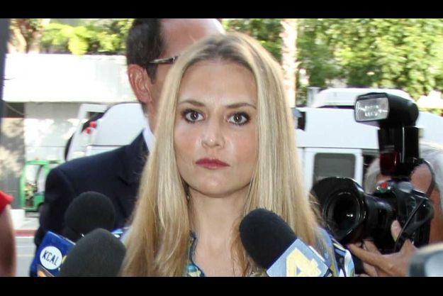 Brooke Mueller à la sortie du tribunal.