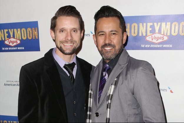 Danny Pintauro (à gauche) aux côtés de son époux Will Tabares à New York le 15 janvier dernier.