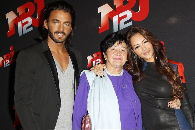 """Thomas Vergara, Nabilla et sa grand-mère Livia à Paris, en octobre 2013, pour le lancement de l'émission """"Allo Nabilla""""."""