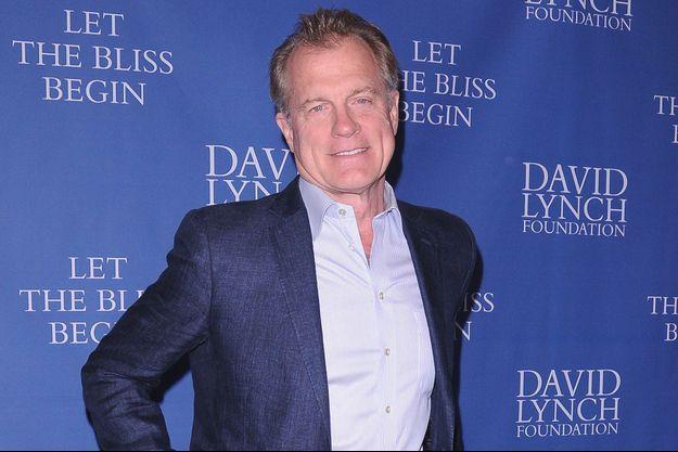 L'acteur Stephen Colilns à Los Angeles en 2012