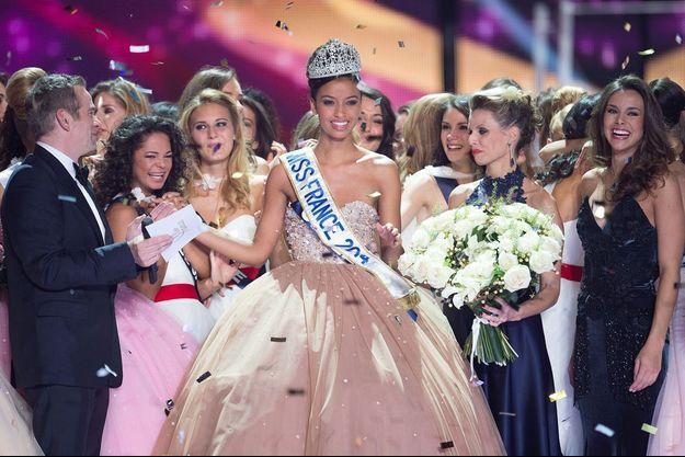 Miss France 2014, alias Flora Coquerel, lors de son élection le 7 décembre 2013 à Dijon