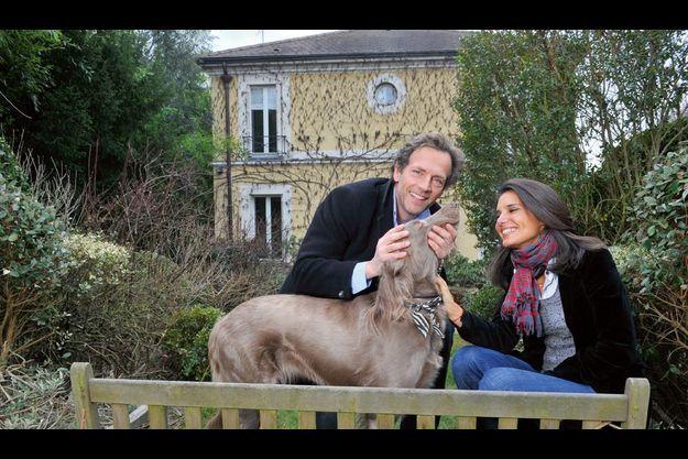 Ursula, son grand amour, trois enfants, un chien... Dans sa jolie villa près de Paris, Stéphane Freiss continue à défier la règle de l'inconstance chez les acteurs.
