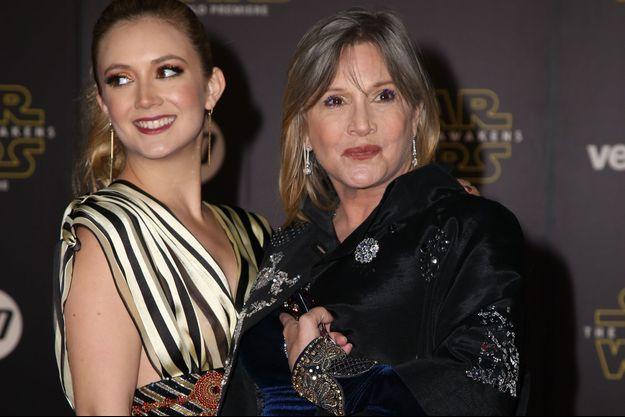 """Carrie Fisher et sa fille Billie Lourd à la première de """"Star Wars : le réveil de la force"""", en décembre 2015."""