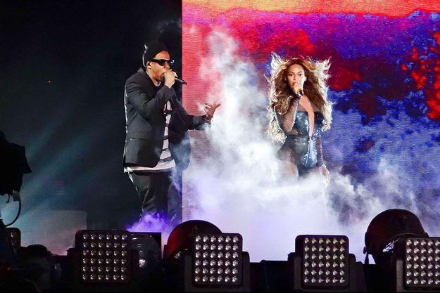 """Jay-Z et Beyoncé en concert à Cincinnati dans le cadre de la tournée """"On The Run"""", le 28 juin 2014"""