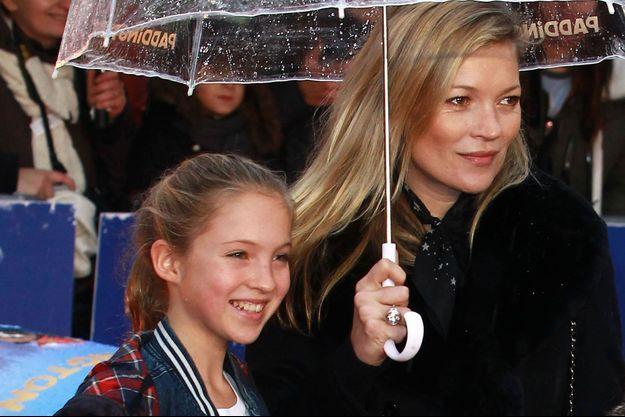 Kate Moss et sa fille Lila Grace Moss à Londres